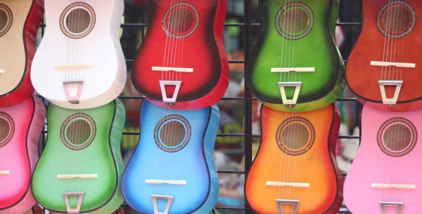 گیتار اسباب بازی پسرانه