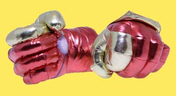اسباب بازی ابر قهرمان آیرون من مدل دستکش